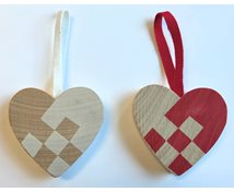 HEART HANG. WITH SQUARES